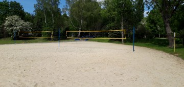 Zasady bezpiecznego korzystania z boisk do siatkówki plażowej